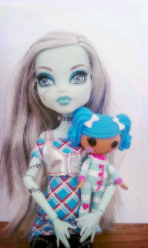 Frankie & Mittens by Among the Dolls