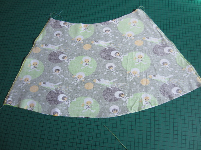 3 tennis skirt tute side seams