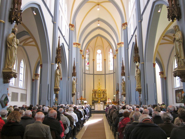 Easter Mass in Nuenen