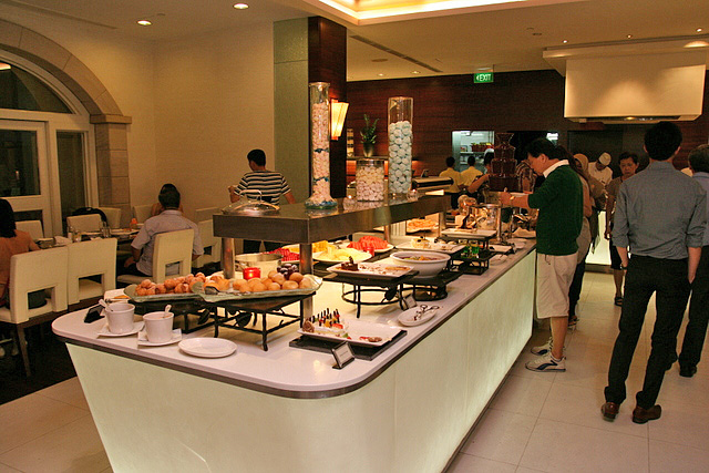 Indulge at Park is the buffet and all-day dining restaurant at Grand Park City Hall