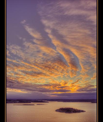sky clouds sunrise europa sweden skandinavien himmel sverige scandinavia westcoast canonef2470mm28lusm soluppgång bohuslän uddevalla moln västkusten havsten canon5dmarkiii bestcapturesaoi