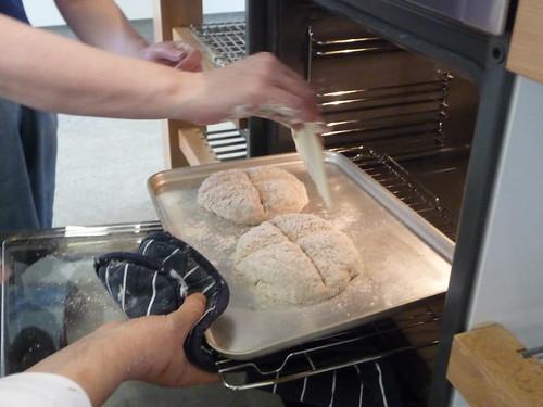 Cutting Soda bread
