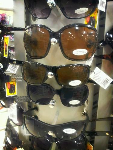 Eu Não Uso Óculos by Rogsil