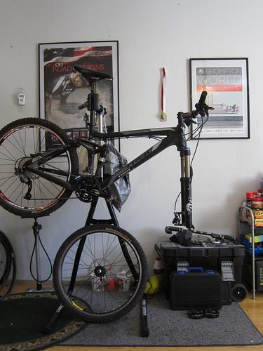 Polkupyörän polkimet eivät liiku