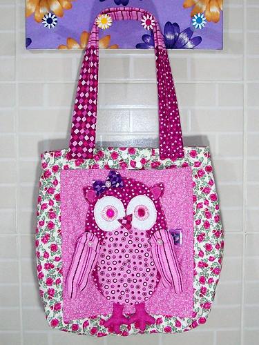 Minha bolsa coruja by coisasdamoise (Alair)