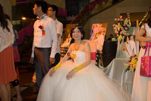 新娘子小邓同学