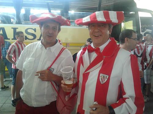Final de Copa: los aficionados, camino a Madrid