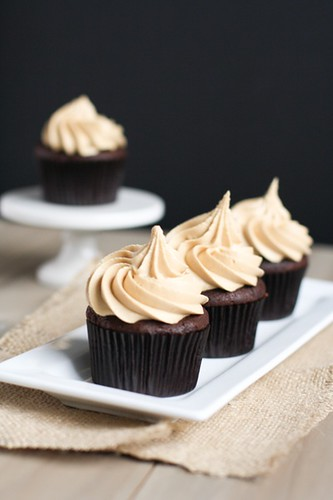 chocolate-cupcakes-biscoff-icing-6