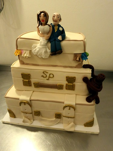 Stacked Suitcases Wedding Cake by CAKE Amsterdam - Cakes by ZOBOT