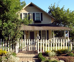 Picket Fence House, Redlands, CA 6-2012