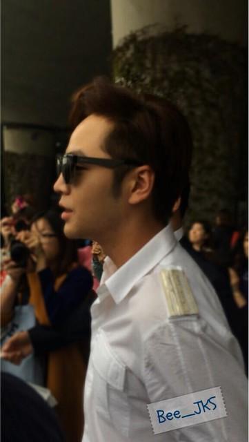 [Pics-2] JKS returned from Beijing to Seoul_20140427 14031959821_4cb892e189_z