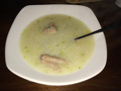Quilotoa: soupe de poulet avec sa patte de poulet ;)