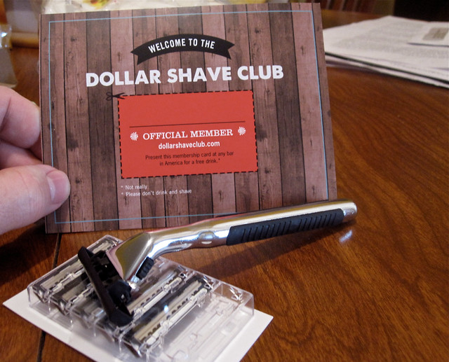 Dollar Shave Club Travel Bag Reivew