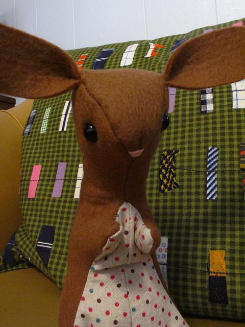 Wool felt bunny 0656
