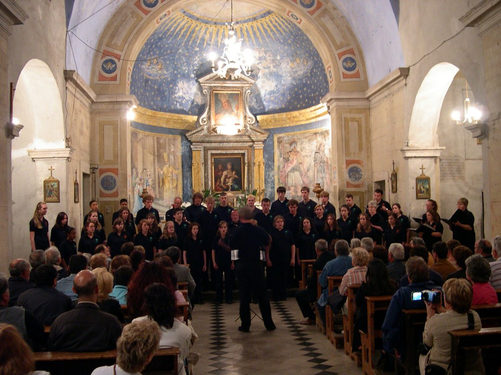Central Dauphin and Hershey High School Choir performs in Chiesa S. Biaggio in Sant' Oreste