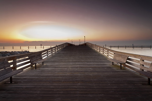 morning sunrise canon point dawn pier perspective maryland highlights northbeach vanishing canonef1740mmf4lusm chesapeakebeach clipped 5dmkii singhrayrgnd hitech09gnd