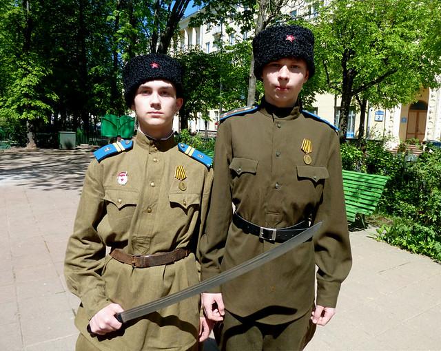 9 мая Минск Домик 1 съезда РСДРП Артем Бабицкий и Вадим Довгалев