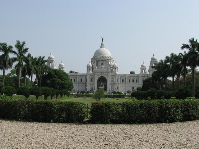 Victoria Memorial by CC user shankaronline on Flickr