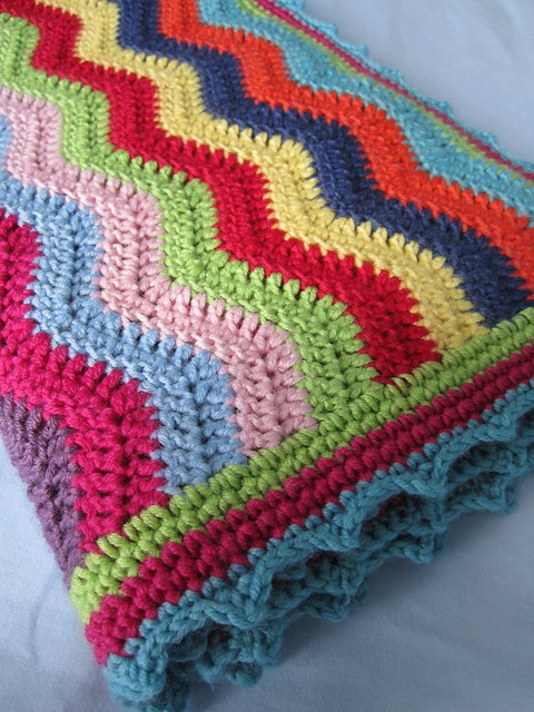 Rainbow Ripple Blanket (7)