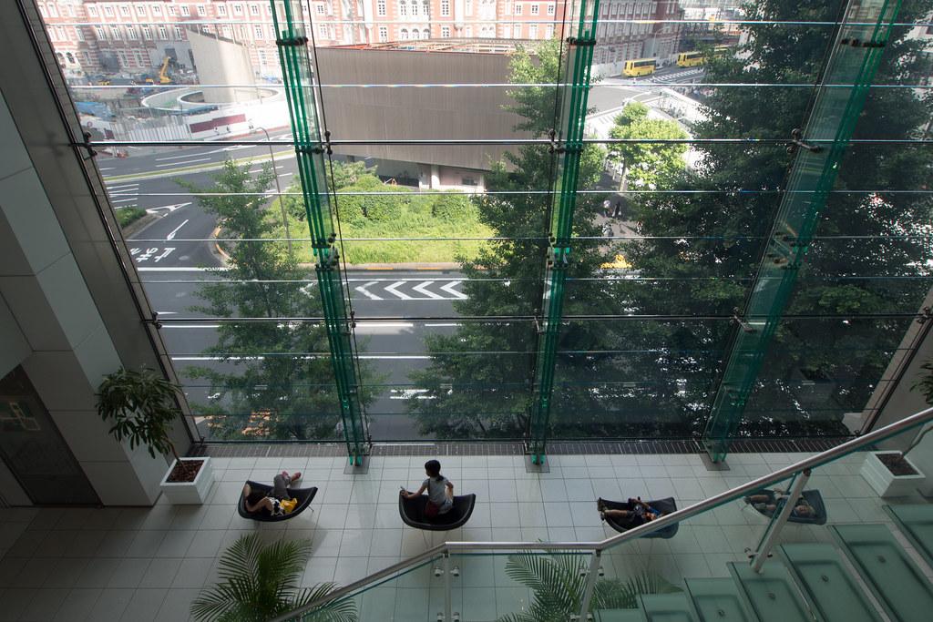 丸ビルの中 2012/06/10 OMD01574