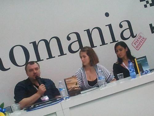 SalTo12 11MAY (09) Incontro con Lucian Dan Teodorovici - Presentazione libro Un altro giro, sciamano (Aìsara 2012) foto cortesia di aisara.eu