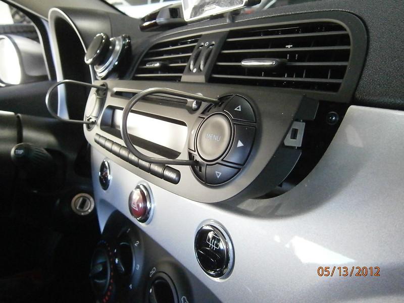 7185472902_dcee1e7be8_c how to 2012 fiat 500 double din radio install Suzuki Grand Vitara Wiring Harness at suagrazia.org