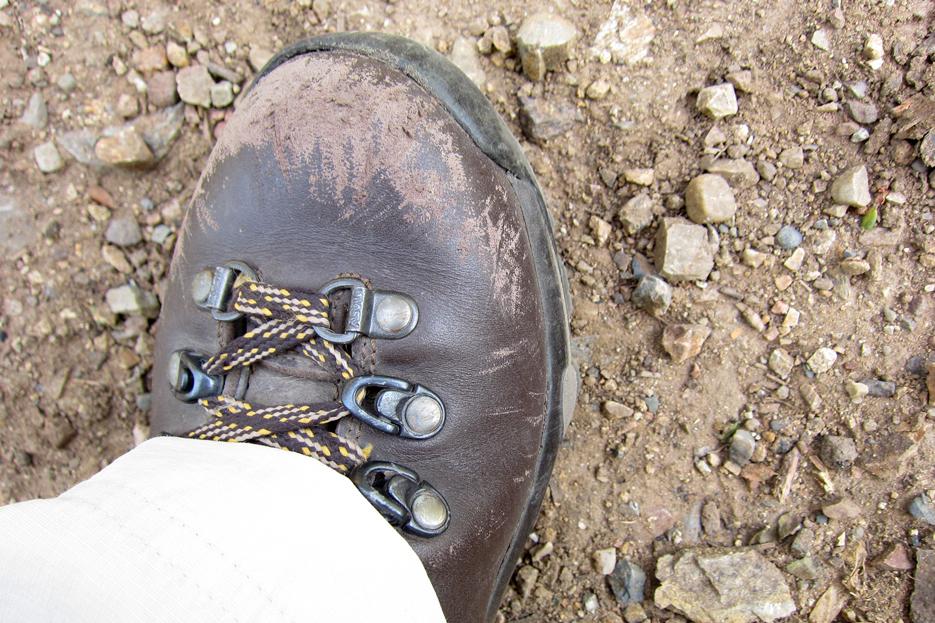 050612_hikingboots