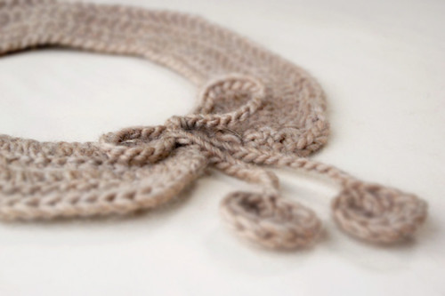 CrochetCollar-CloseUp