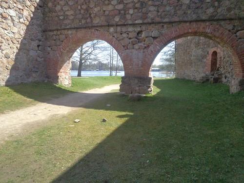 Zamek, Castle at Trakai by xpisto1
