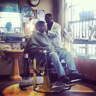 barber shop (Detroit 2012)