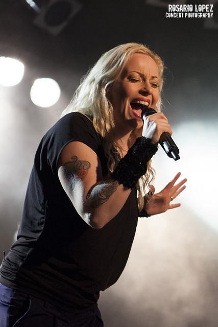 Anneke Van Giersbergen, Razz 2