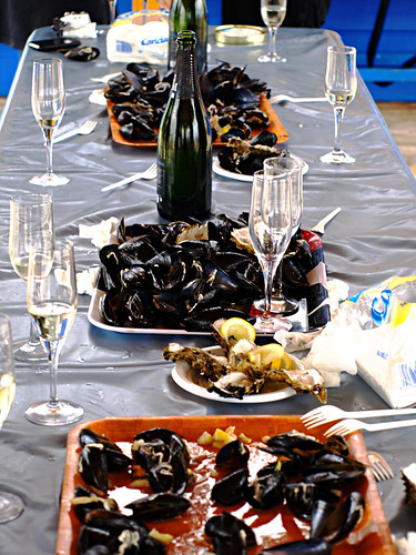Aftermath of oyster & mussel tasting, Delta del Ebro