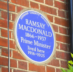 Photo of James Ramsay Macdonald blue plaque