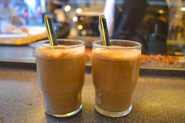 Cafe con leche, Pinotxo Bar