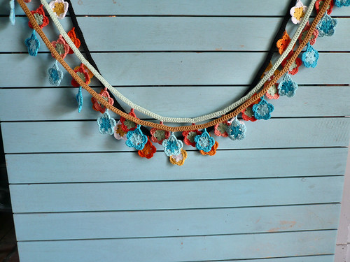 3 garlands drying