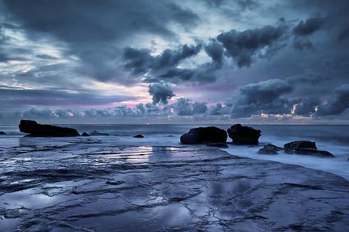 無料写真素材, 自然風景, ビーチ・海岸, 朝焼け・夕焼け, 雲, 青色・ブルー