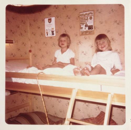 Anna-Karin och Anna juli 1969 i Öregrund