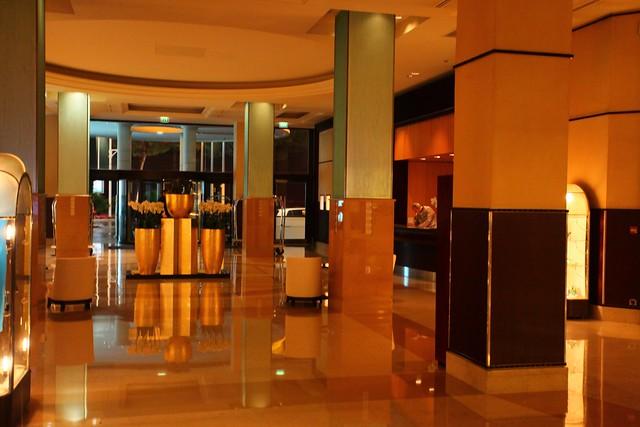 Grand Hyatt Foyer : Grand hyatt cannes martinez review master thread