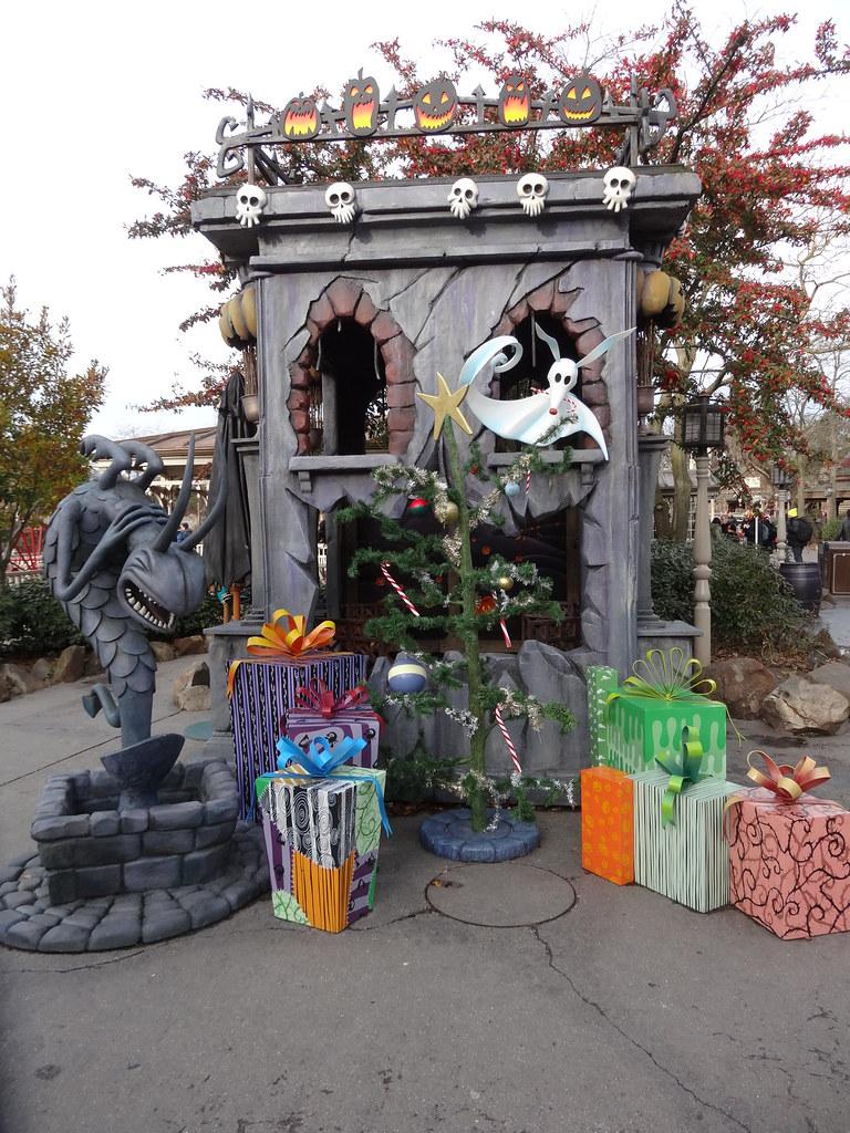 Un séjour pour la Noël à Disneyland et au Royaume d'Arendelle.... - Page 2 13648275565_ff6c13665c_b