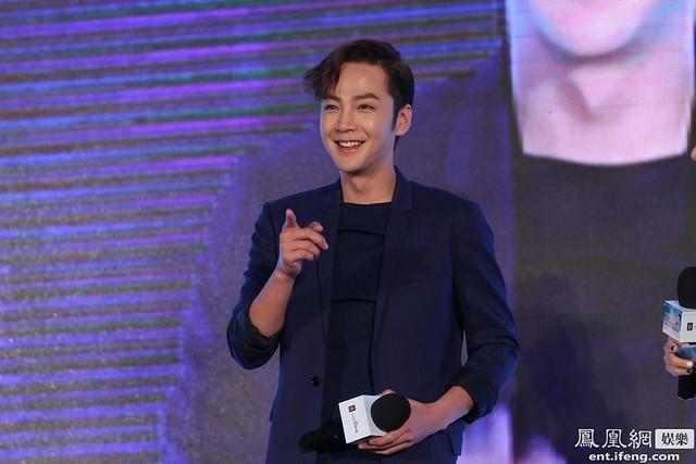 [Pics-1] JKS at Caffe Bene fan meeting_20140426 14019724425_19cd27d092_z