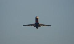 Delta Connection Canadair CRJ climbs out  DSC_20148 (1)