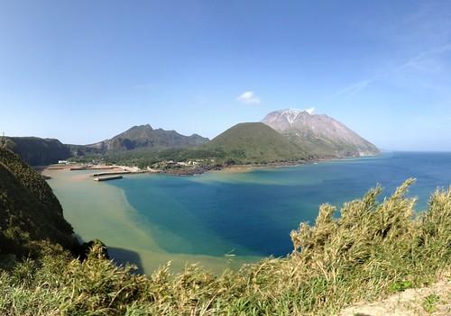 sea mountain japan port island volcano kagoshima mishima photosynth 薩摩硫黄島 三島村