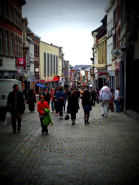 shopping street in Mons