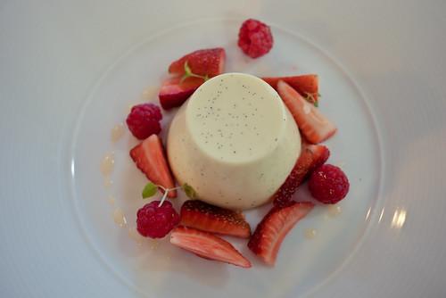 Panna cotta with berry salad, De Bortoli