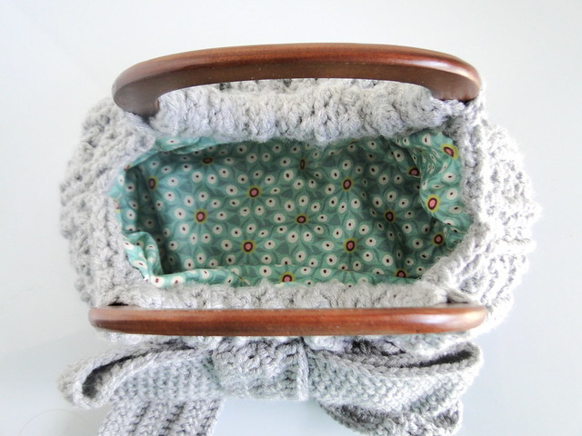 lining of bow bag