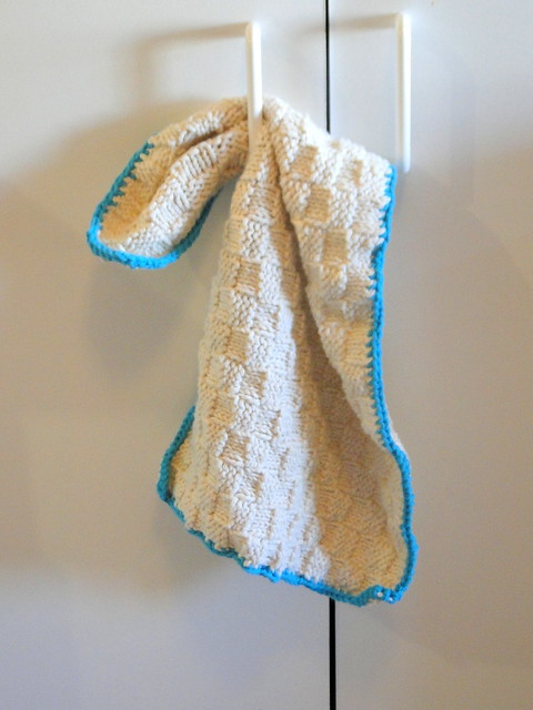 knit dishtowel