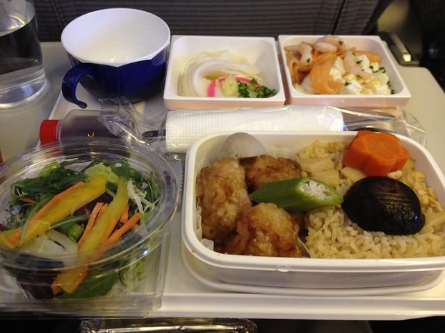 香港ー羽田 JL28 機内食