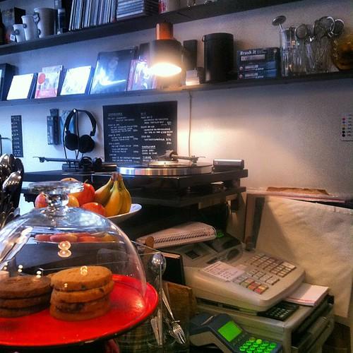 Kaffe & Vinyl win @straboh