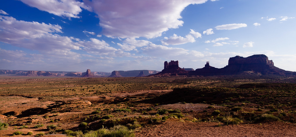 Panorama: Evening near Monument Valley