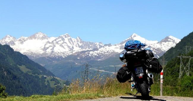 Švýcarskem na motorce (2010)